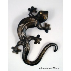 Salamandre 20 cm